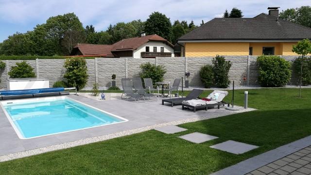 betonzaun aufbau von betonz une betonzaun g nstig inkl montage. Black Bedroom Furniture Sets. Home Design Ideas